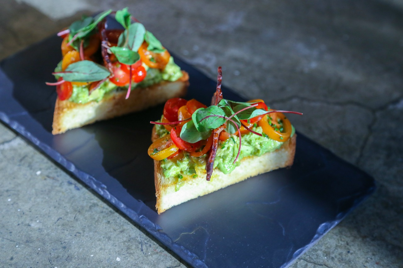 avacado on toast at Lily & Bloom