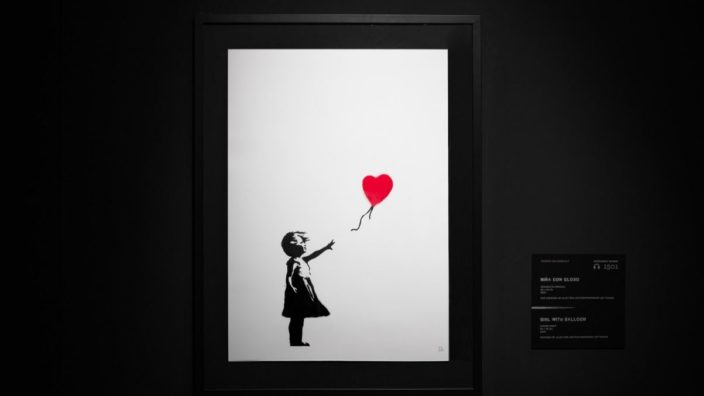 Banksy girl with the baloon