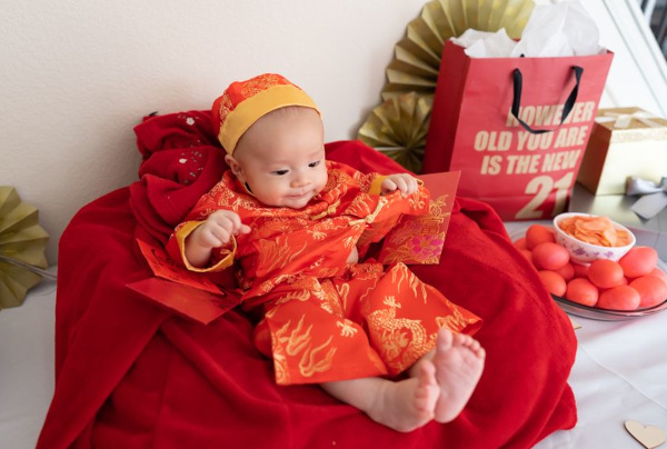 baby 100 day celebration traditional clothes